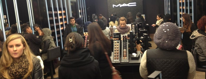 M·A·C is one of To (Beauty-) Shop.
