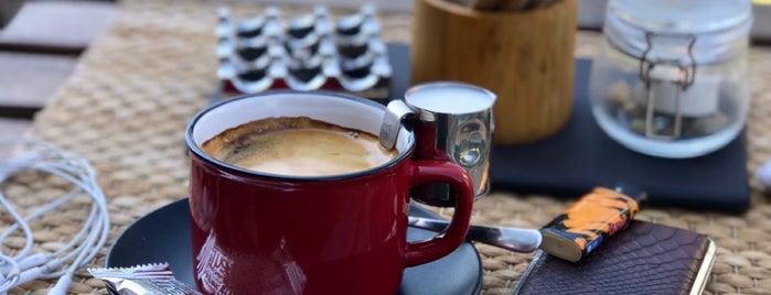 Hub Bicycle & Coffee Shop is one of İzmir 3. Dalga Kahveciler.