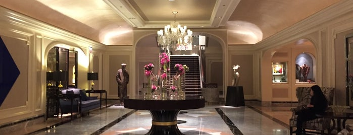 Four Seasons Hotels And Resorts Worldwide Sales Office Chicago is one of Chicago.
