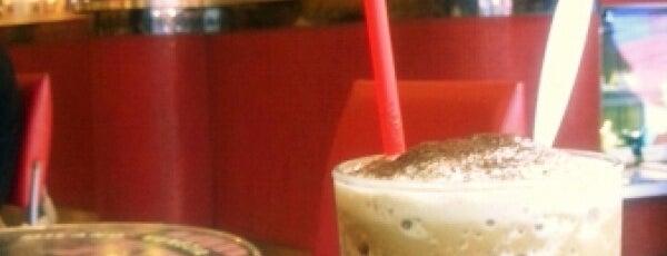 Segafredo ZANETTI espresso 下北沢店 is one of お気に入り.