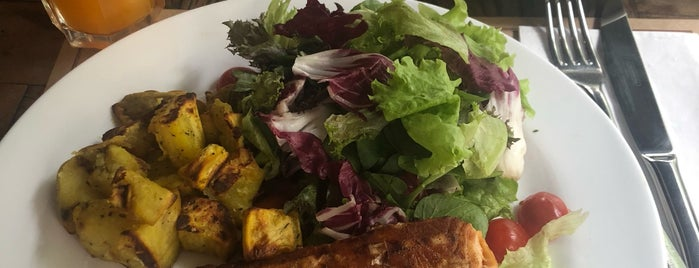 Terraço Insalata is one of Restaurantes.