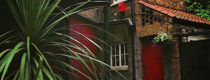 Hampstead Lounge & Jazz Club is one of London's Best Beer Gardens.