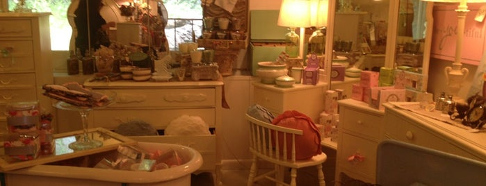 Vintage Bliss Boutique is one of Shops.