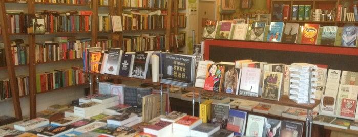 Het Voorwoord is one of To Shop (Books).