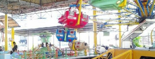 Delta Plaza - Forest Playground is one of Jalan2 Kota SURABAYA.