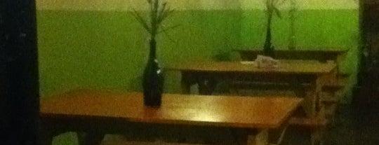 Jardin secreto Restaurant And Lounge is one of Lugares por probar!.