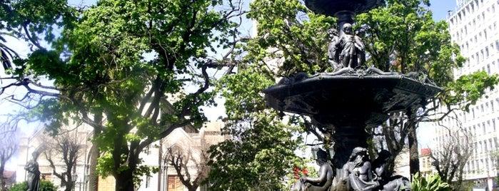 Plaza de La Victoria is one of QR.