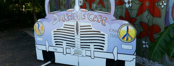 Darwell's Cafe is one of DINERS DRIVE-IN & DIVES 3.