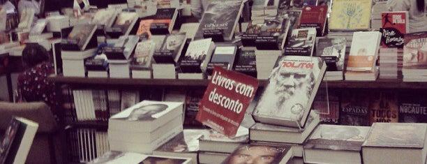 Livraria da Vila is one of To Shop (Books).