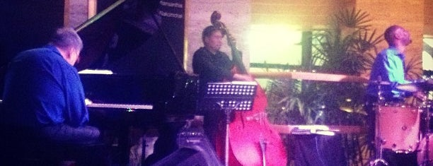 The Living Room Is One Of 15 Best Places For A Jazz Music In Bangkok