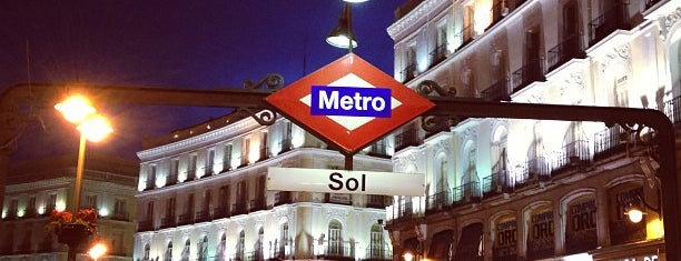 Metro Sol is one of Transporte.