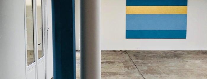 Galerie Marian Goodman is one of Paris.