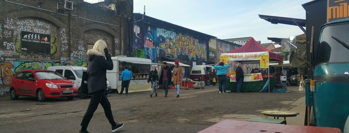 Kiez99 Village Market is one of mustgos.