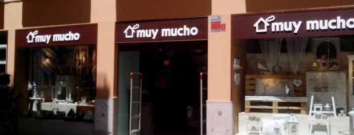 Muy Mucho is one of Apocalipsis decorativa.