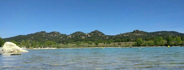 Lac de Peyrolles is one of PACA.