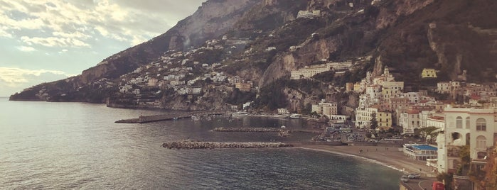 Hotel Luna Convento is one of Napoli.