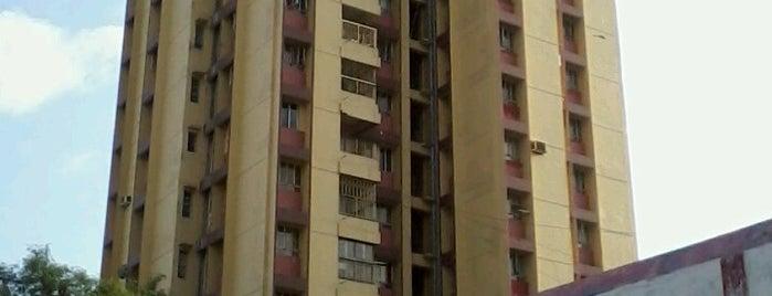 Dhakuria is one of Kolkata.