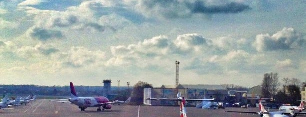 Международный аэропорт «Киев» (Жуляны) (IEV) is one of EURO 2012 KIEV WiFi Spots.