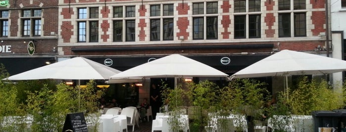 Godot is one of Cafeplan Gent.
