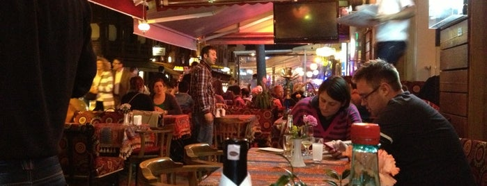 Shadow Bar Restaurant is one of Istanbul.