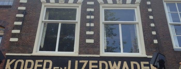 Huis x boom x beest for Mobilia woonstudio utrechtsestraat 62 64