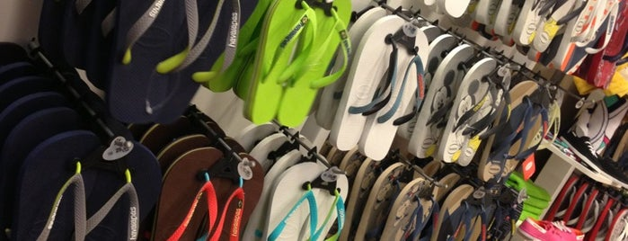 Havaianas is one of Midway Mall.