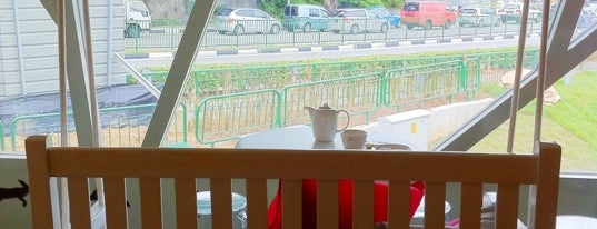 d'Good Cafe is one of Micheenli Guide: Around Holland Village, Singapore.