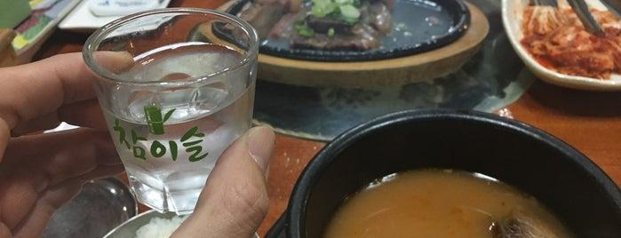 안일옥 is one of 한국인이 사랑하는 오래된 한식당 100선.
