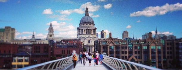 Millennium Bridge is one of London.