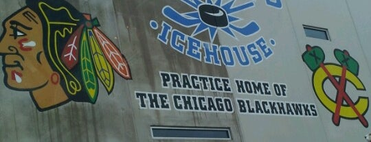 Johnny's Icehouse West is one of Chicago Rat Hockey.