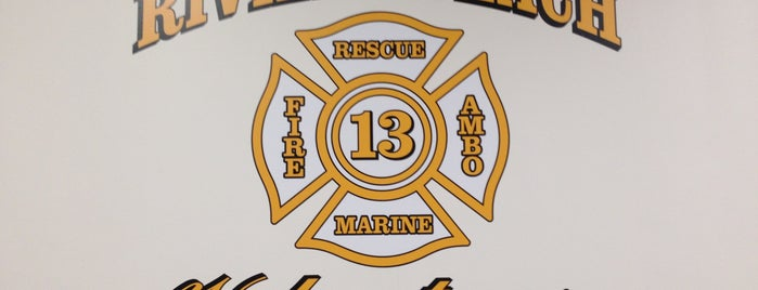 Riviera Beach Volunteer Fire Company - Co 13 is one of Places I go.