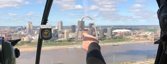 Gateway Arch Helicopter Tours is one of Best Dates in STL.