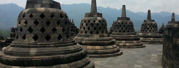 Borobudur Temple is one of Wisata.