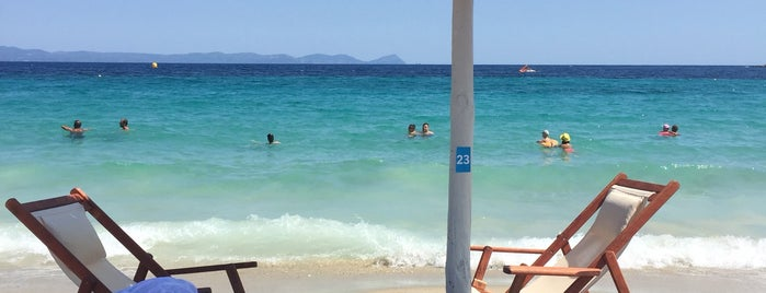 Cabana Beach is one of 🌞🌊Chalkidiki-->to The Beach 🐋🐬🐟🐠🐡🦀.