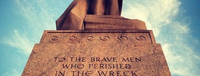 Titanic Memorial is one of Washington DC.