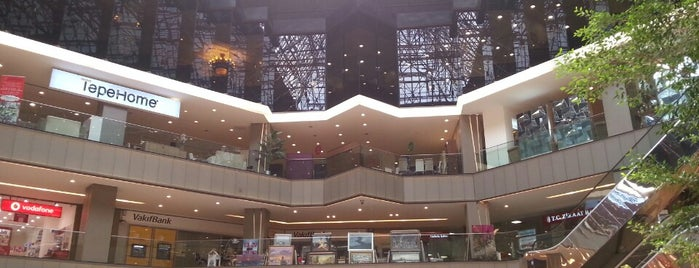 Galleria is one of Istanbul Shopping.
