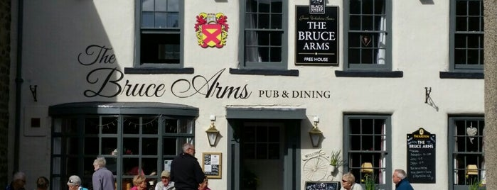 Bruce Arms is one of Pubs.