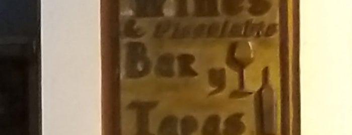 Salvatore Bar & Tapas is one of Donde pecar.