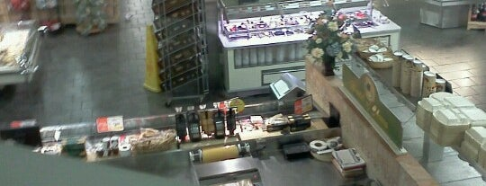 ShopRite is one of Repeat places.