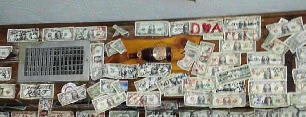 Shipwrecks Bar & Grill is one of USA Key West.