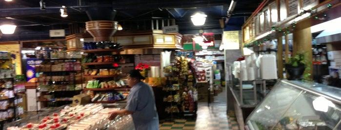 Bridge Fresh Market is one of Unravel New York.