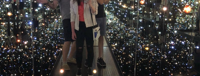 Yayoi Kusama's Infinity Mirrored Room at The Broad is one of Bucket List ☺.