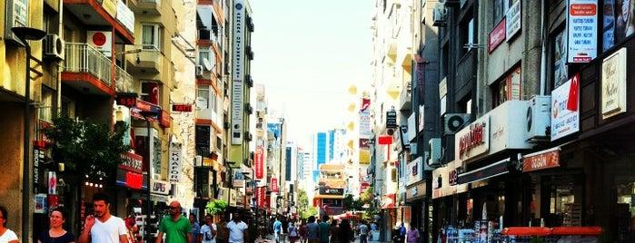 Kıbrıs Şehitleri Caddesi is one of Türkiye'de En Çok Check-in Yapılan Mekanlar.