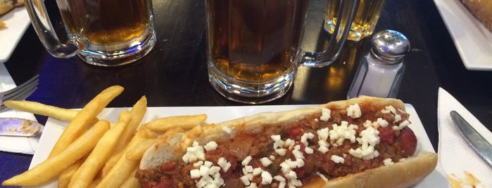Boston Dogs is one of Donde comer sin carne..