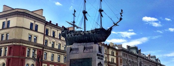 Памятник кораблю «Полтава» is one of Интересное в Питере.