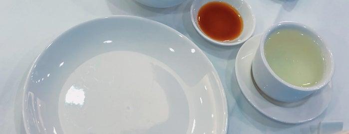 丹桂轩 (新都店) Laurel Restaurant is one of Tim's Favorite Restaurants & Bars around The Globe.