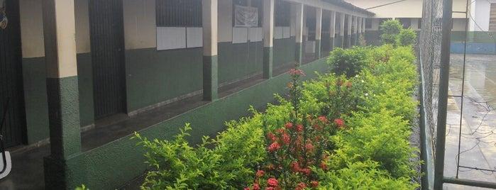 Centro Estudantil Ebenézer - IPVT Anexo I is one of Educação em Paraíso do Tocantins.