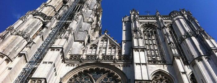 Aan de voet van de Kathedraal is one of Prive.