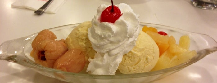 Swensens Icecream And Sundaes is one of Favorite Food.
