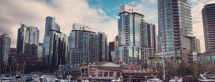 Coal Harbour Seawall is one of Travel Guide to Vancouver.